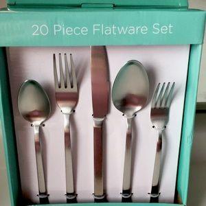 Flatware Set of 20 New in Box
